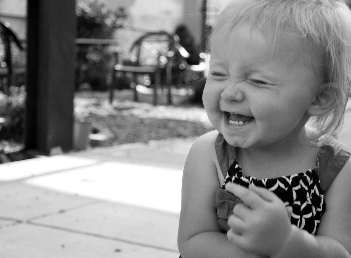 LA RISA EN TODAS SUS FACETAS. Parte III: ¿por qué la risa es contagiosa?
